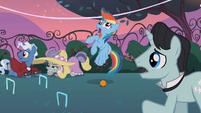Rainbow Dash cross-eyed S2E09