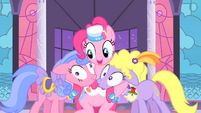 Pinkie with Lyrica and Royal Ribbon S01E26