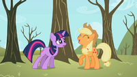 Applejack laughing S2E10
