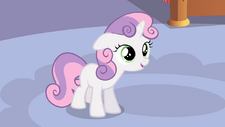"""Sweetie """"For the opening night of our show!"""" S4E19.png"""