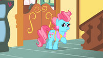 Mrs. Cake 'You must be here for' S1E25