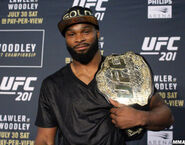Tyron-woodley-ufc-201-post-belt