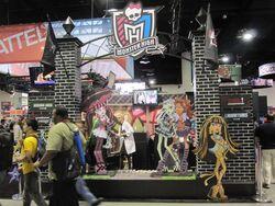 SDCCI 2010 - Monster High stand.jpg