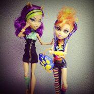 Diorama - Clawdeen and Howleen