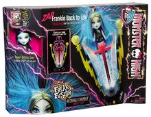 Monster-High-Freaky-Fusion-Recharge-Chamber-Frankie-B00IVFCVDK-4.jpg