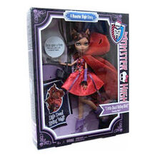 Clawdeen-Wolf-Scarily-Ever-After-2.jpg