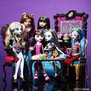 Diorama - ghouls in Coffin Bean