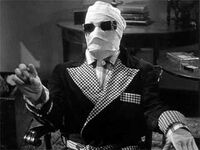 Claude Rains as the Invisible Man(1933)