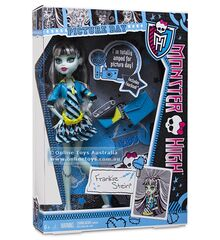 Monster-high-frankie-stein-doll-y7697.jpg