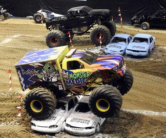 Crush Cars Monster Trucks Wiki Fandom