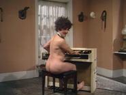 Nude organist 3