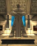 478px-Llane Wrynn I statue