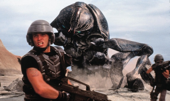 Starship Troopers - Extras