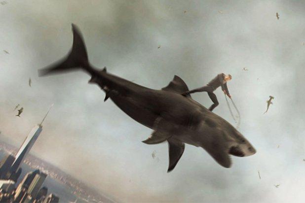 Sharknado 2 - Extras