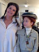 Ella Ballentine und Sara Botsford