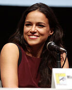 220px-Michelle Rodriguez by Gage Skidmore 2