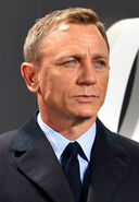 Daniel Craig - Film Premiere Spectre 007 - on the Red Carpet in Berlin (22387409720) (cropped)