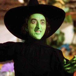 Margaret-Hamilton-wizard-of-oz-still-from-movie.jpg