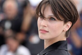 Marine-vacth-the-double-lover-photocall-at-cannes-film-festival-05-26-2017-5