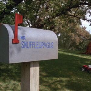 Snuffymailbox.jpg