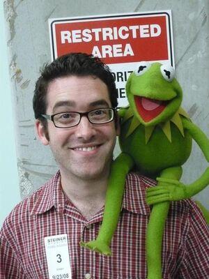 Joe Hennes and Kermit.jpg