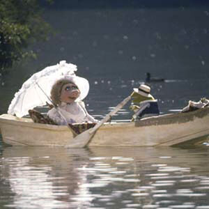 TMM-Piggy-and-Kermit-boat.jpg