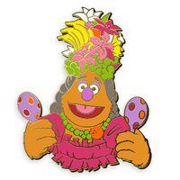 D23 muppet treasure island pin fozzie cabin fever 1