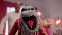 MuppetsNow-S01E02-DeadlyClose-Up