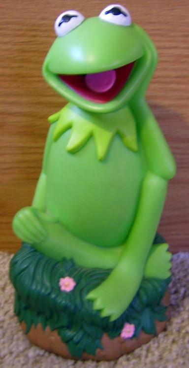 Muppet piggy banks (Applause)