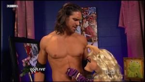 WWE-Raw-TouchyFlirtyPiggy-(2011-10-31).png