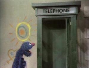 GroverandtheTelephone.jpg