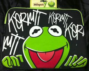 Loop nyc kermit laptop sleeve 2010.jpg