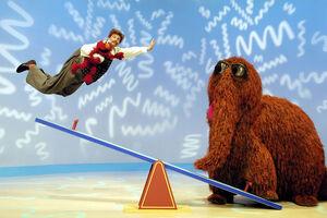 Elmo'sWorld-NoodleSeeSaw.jpg