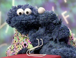 Kiss Cookie Monster Mom letter day B