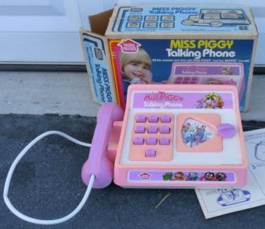 Miss Piggy Talking Phone