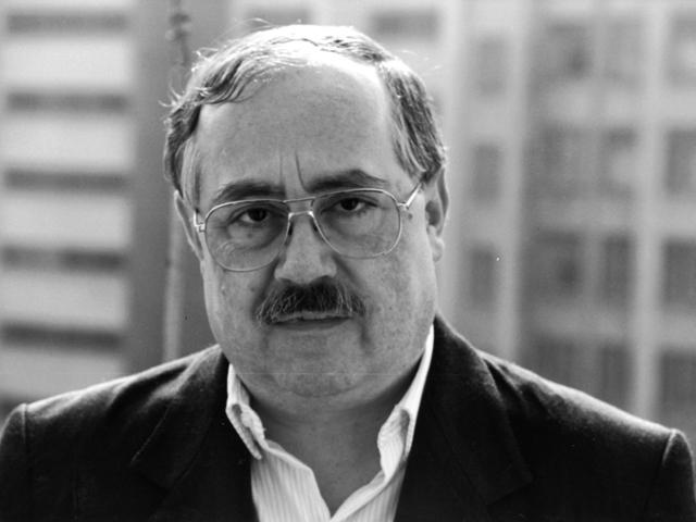 Eduard José