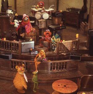 Electric mayhem muppet movie.jpg