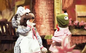 Miss mousey and kermit.jpg