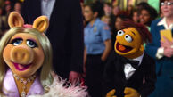 TheMuppets-(2011)-Finale-Piggy&Walter
