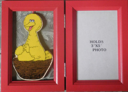 Sesame Street picture frames (Applause)