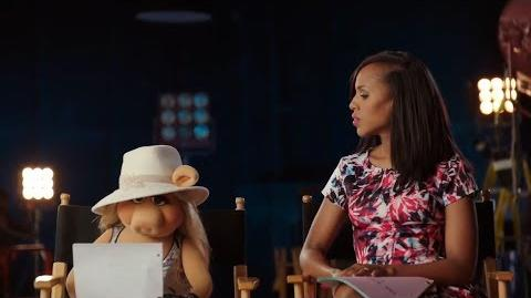 Miss Piggy Steals Kerry Washington's White Hat - The Muppets
