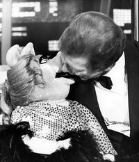 Roger Moore open mouth kiss Piggy