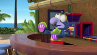 MuppetBabies-(2018)-S03E07-TheBestBestFriendBeachDay-PickleSnowCone-Gonzo