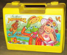 Thermos uk lunchbox 1981