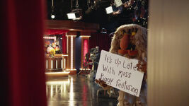Up Late with Miss Piggy - cue cards
