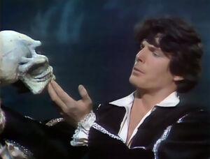 Reeve Hamlet.jpg