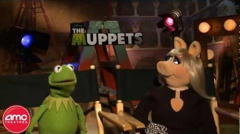 Kermit The Frog And Miss Piggy Talk