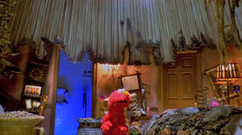 Elmo in can grouchland