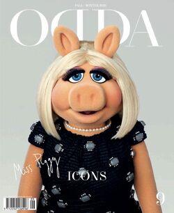 ODDA-magazine-cover-MissPiggyWearingMarcJacobs-(2015-10).jpg