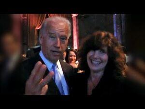 Vice_President_Biden_-_Happy_30th_Birthday_Sesame_Place